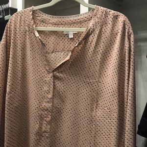 Pink polka dot shirt with small bell sleeve